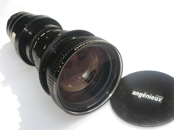 Angenieux 12 – 240mm Zoom lens F3.5 in PL mount