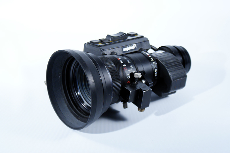 Angenieux 14x9D video lens